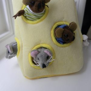 The Puppet Company - Hide-Away Puppets - Mouse Family In A Cheese